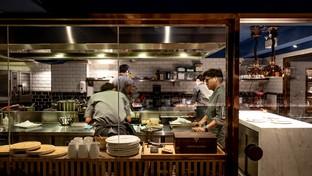 """""""Restaurant STAGE"""" ร้านอาหารที่โตจากอดีตเชฟฝึกงานที่ทำงานด้วยแพสชั่น"""