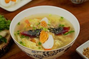 """วิธีทำ """"ซุปสามไข่"""" เมนูซุปกินแล้วเฮง ต้อนรับเทศกาลตรุษจีน"""