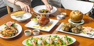 """[รีวิว] """"จิตรโภชนา"""" ร้านอาหารชะอำ รสชาติต้นตำรับ เปิดมานานกว่า 70 ปี"""