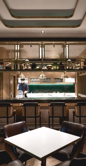 ร้านอาหารแห่งใหม่ของเชฟเมย์ - พัทธนันท์ ธงทอง รองแชมป์จากรายการ Top Chef Thailand Season 1 ที่เดินทางไกลจากเชียงใหม่มาเปิดร้านในกรุงเทพฯ ร้านซ่อนตัวอยู่ภายในร้านอาหารจีน China Place