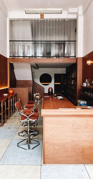เป็นชื่ออีเวนต์ดนตรีล่าสุดของคุณตั้ม - โตคิณ ฑีฆานันท์ ผู้กำกับเอ็มวี และผู้จัดงานอีเวนต์ดนตรี ทำขึ้นโดยใช้พื้นที่ตรงนี้ชวนคนรักเสียงดนตรีมาพบปะกัน ก่อนเปลี่ยนบ้านเก่าในซอยพรานนก 6 ให้กลายเป็นร้านแผ่นเสียงและบาร์