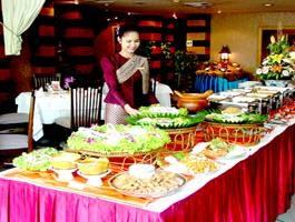 อาหารไทยชาววังบุษราคัม (Bussaracum Royal Thai Cuisine)