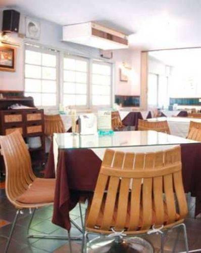กลางซอย (Klang Soi Restaurant)