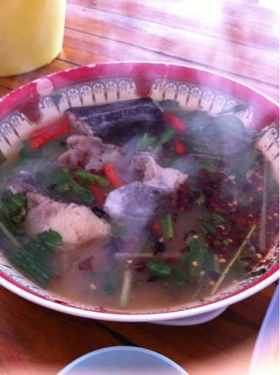 ครัวปลาใหญ่ (Krua Pla Yai)