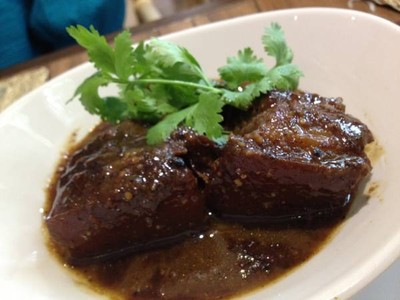 เรือนนารี สุขุมวิท 33 (Oamthong Thai Cuisine)