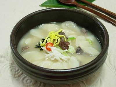 ซุปข้าวเกาหลี อร่อยดี ไม่เหมาะสำหรับคนไม่ทานเนื้อนะครับ