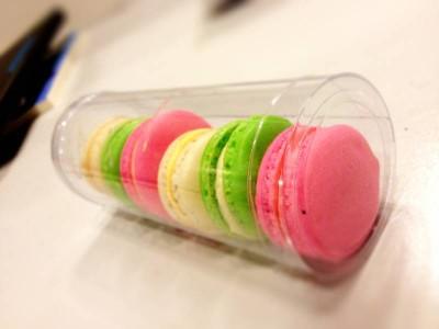 Colorful Macarons อร่อยมากครับ