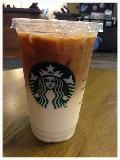 Starbucks (สตาร์บัคส์) เสนา เฟส