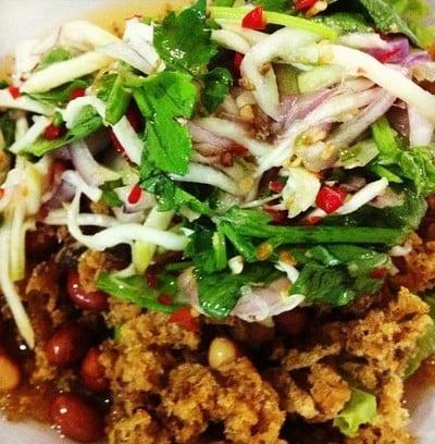 ร้านอาหารไทยอีสาน ม.สหกรณ์ (THAI E SAN RESTAURANT)