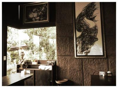 Nine Cafe (ไนน์ คาเฟ่)