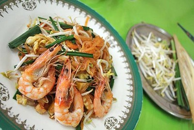 ผัดไทยประทุมทิพย์ (Pad Thai Pratoomtip) บางโพ