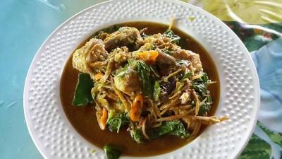 ส้มตำบัวเพชร (Somtam Bua Phet Restaurant)