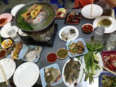 อาป๋ากุ้งย่างเกาหลี (A PA SHRIMP KOREAN BARBEQUE)