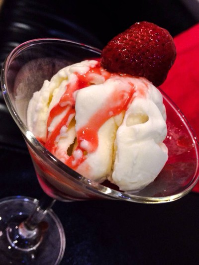 Ice cream studio (ไอศครีมสตูดิโอ)