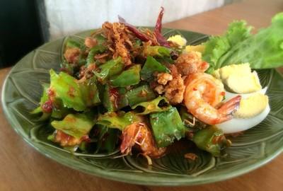 คุณดำ (Khun Dum Restaurant)