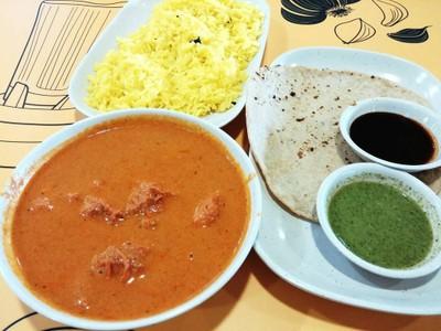 Mrs. Balbir's Indian Food แพลทินั่ม แฟชั่น มอลล์