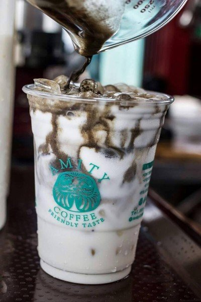 AMITY Coffee ปรีดีพนมยงค์ 40 (อมิตี้ คอฟฟี่)