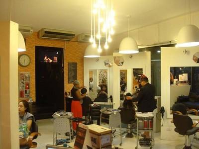 Granada the boutique gallery salon (กรานาด้า เดอะ บูติก แกลเลอรี่ ซาลอน)