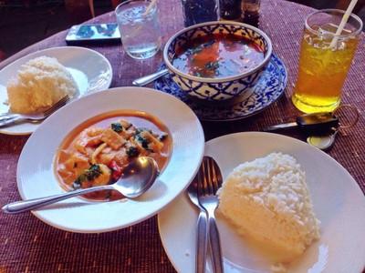ร้านอาหารเรือนไม้ไทย (RUEAN MAI THAI RESTAURANT)