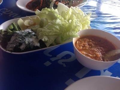 ครัวริมอ่าว บางตะบูน (Rimaov bangtaboon Restaurant)