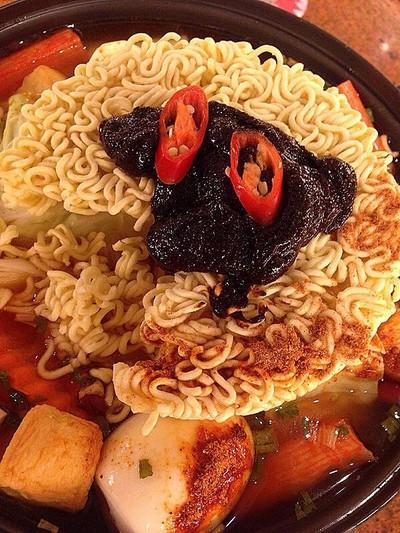 Sukishi Korean Charcoal Grill (ซูกิชิ โคเรียน ชาร์โคล กริลล์) เซ็นทรัลแจ้งวัฒนะ