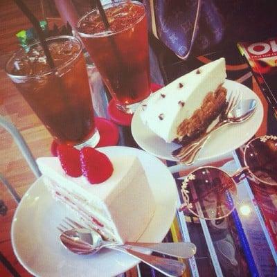 Café Y Té (คาเฟ่ อี เต)