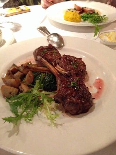 Lyon French Restaurant (ลีออง เฟรนช์)