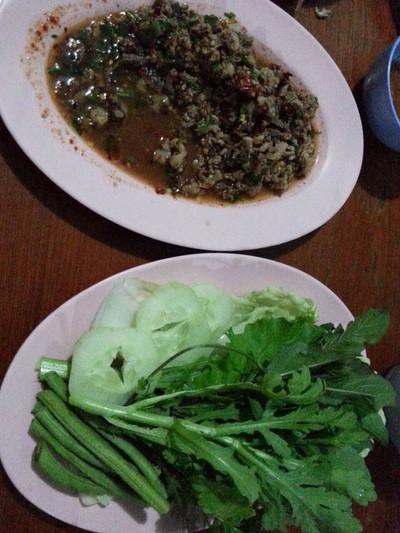 สวนอาหารชายทุ่ง (CHAI THUNG RESTAURANT)