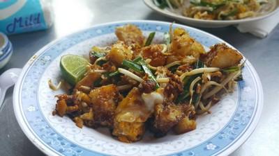 ผัดไทยเซนต์หลุยส์ ซ.3 (ผัดไทยหอยทอดสุมาลี)