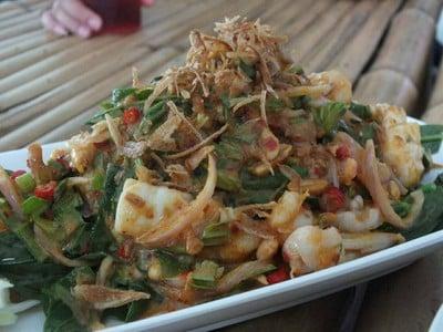 Paree Hut Koh Sichang (ปารีฮัท เกาะสีชัง)