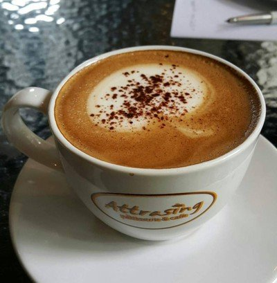 Attrasing Patisserie & Cafe
