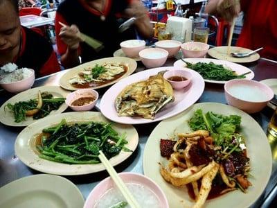 ฮั้วโภชนา (Hua Restaurant) พุทธบูชา