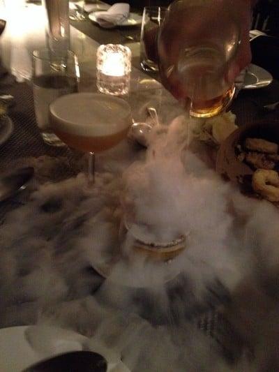 Vesper Cocktail Bar & Restaurant (เวสเปอร์ คอกเทล บาร์ แอนด์ เรสเทอรองค์)