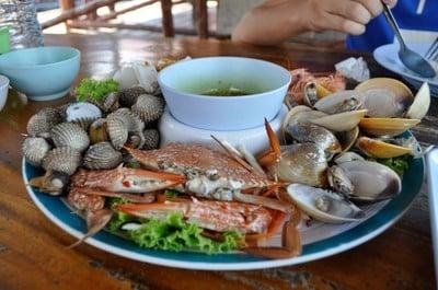 กระชังบังหมุด (Bangmud Seafoods)