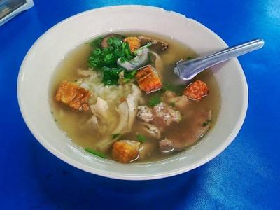 ข้าวต้มซี่โครงหมู เยาวราช เชียงใหม่ (Kao Tom Si Khrong Mu Yaowarat)