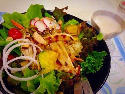The Salad House (อาหารเพื่อสุขภาพ)