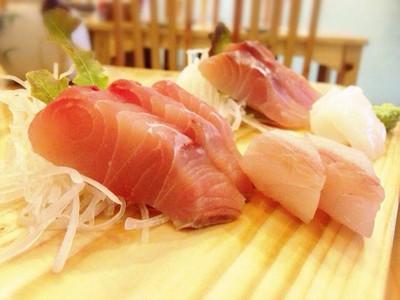 ปลาดิบซาชิมิ ชุดเล็ก