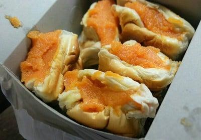 ขนมปังเจ้าอร่อยเด็ดเยาวราช (Yaowarat Toast)