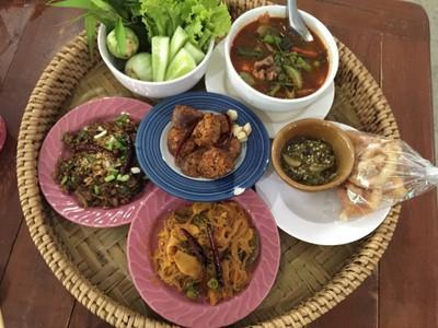 ข้าวซอยไทยใหญ่ (Kao soi Thaiyai)