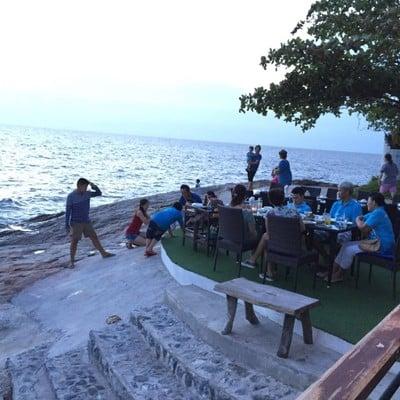 ร ว ว Bluefin Beach Bar Restaurant อาหารอร อยคนพ นท