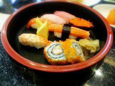 Fuji Japanese Restaurant เดอะวอล์ค นครสวรรค์
