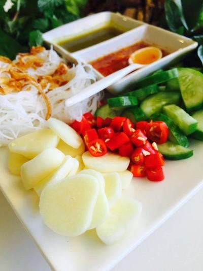 Le hà Long อาหารเวียดนาม (เลอ ฮาลอง)