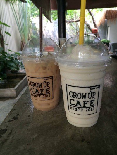 Grow Up Café (โกลอัพ คาเฟ่)