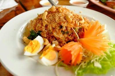 10 ร้านอาหารย่านวัดไอ้ไข่ นครศรีธรรมราช อิ่มท้อง พร้อมขอพรในทริปเดียว