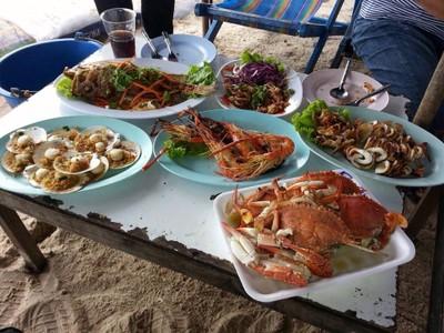 อาหารตามสั่งริมหาดชะอำใต้