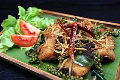 CAFE DE KHONG (คาเฟ่ เดอ โขง)