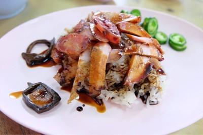 ห้องอาหารพูนเลิศ เหลาะงาทิ้น(เจ้าเก่า) (Poon Lert Restaurant) ห้าแยกพลับพลาไชย