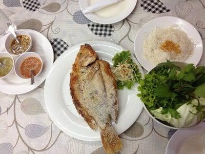 ลุงกุ้งเมี่ยงปลา