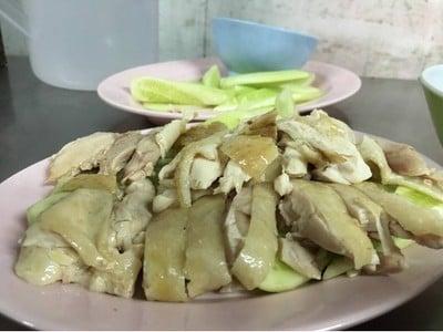 อินทร์คูนเฮงข้าวมันไก่ ตึกจัสมิน แจ้งวัฒนะ