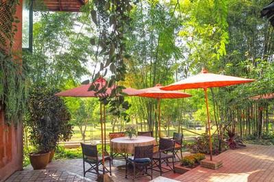 Tita gallery (Suan Lahu Cafe)